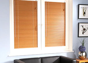 Perfect fit wooden venetian blinds, natural warmth